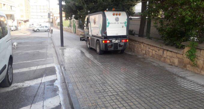 El Ayuntamiento paraliza el pago de 6.100 € por el renting de dos vehículos del servicio de limpieza