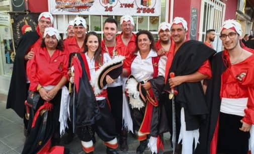 Participación de la Comparsa de Piratas en las fiestas de Guardamar del Segura y Novelda