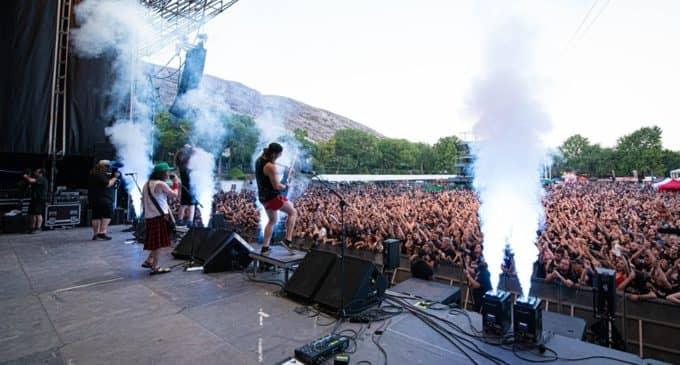 La banda mítica irlandesa, Thin Lizzy, hechizó a los seguidores del hard rock en Villena