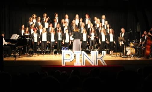 El coro CCPink inicia la 38 Semana de Cine en Villena