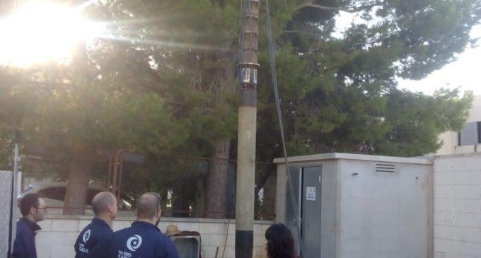 Se repara la bomba del.pozo San Francisco