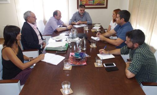 La Consellería de Transición Ecológica visita Villena para detallar las inversiones en la planta de residuos
