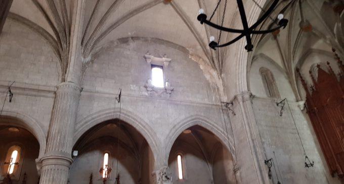 La iglesia de Santa María, amenzada por las humedades