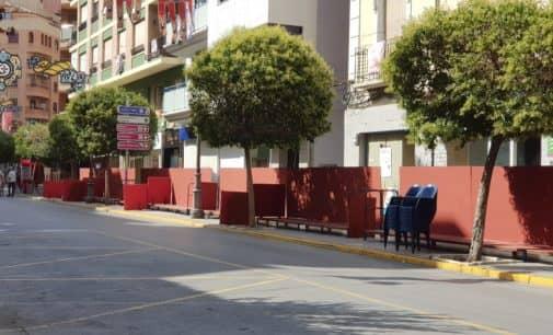 La concejalía de limpieza ubicará papeleras en las tribunas de fiestas
