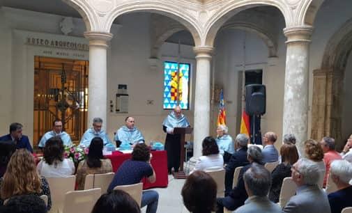 Villena acoge el nombramiento de Honor del Claustro de la Facultad de Filosofía y Letras de Dr. Hermanfrid Schubart