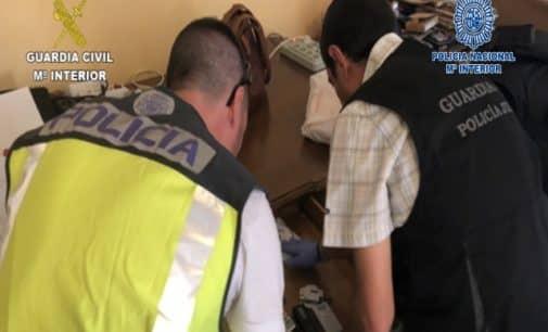 Desarticulan una red especializada en la sustracción, falsificación y posterior cobro de pagarés y cheques falsos que actuó en Villena