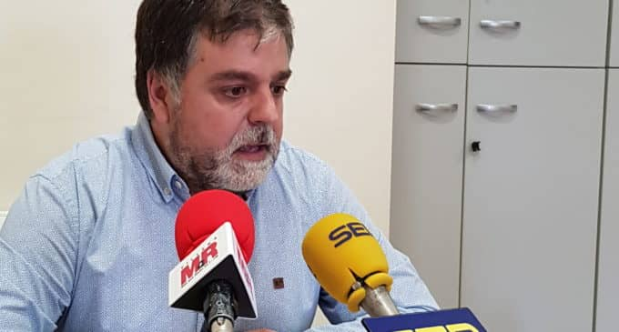 El alcalde anima a las empresas afectadas por la paralización de la actividad a solicitar las ayudas de la Generalitat