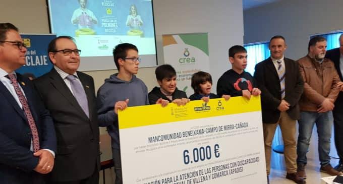"""APADIS recibe 6.000 euros de la campaña """"El Reto del reciclaje"""""""