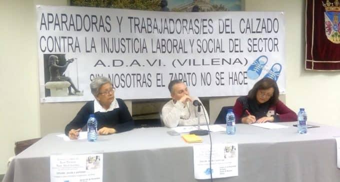 La asociación de Aparadoras de Villena organizó una charla sobre Salud Laboral