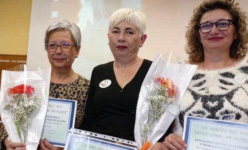 La asociación de Aparadoras de Villena reciben un homenaje de la Universidad de Alicante