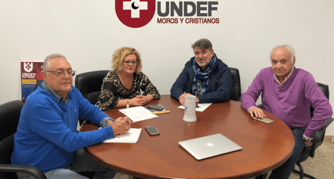 Reunión del candidato Paco Rosique con la presidenta y directiva de la UNDEF