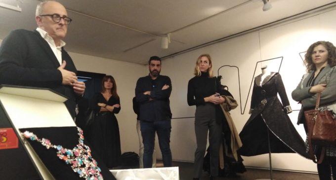 La artesanía festera de Villena se abre paso en Madrid