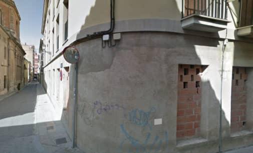 El alcalde adelanta que el Ayuntamiento defenderá el convenio por el que los bajos del antiguo edificio de Carmelitas son de propiedad municipal