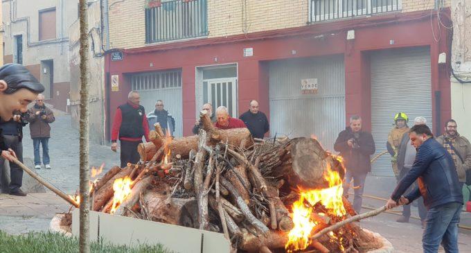 Fuego y toñas por San Antón