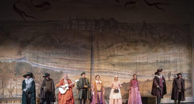 El Teatro Chapí inicia 2020 con «Entre bobos anda el juego»