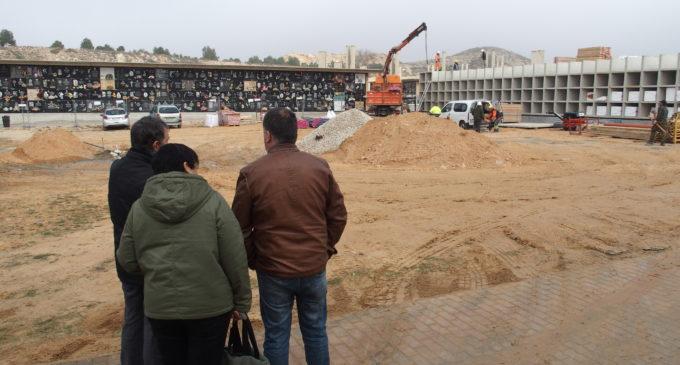 Invierten 455.000 euros en la construcción de nuevos nichos en el cementerio de Villena