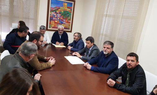 El presidente de la diputación anuncia la construcción del parque de bomberos en El Rubial