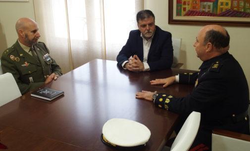 Charla de orientación profesional de las Fuerzas Armadas en Villena