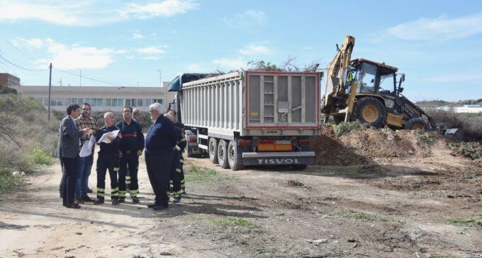El alcalde de Villena celebra que la Diputación libere fondos para el inicio de las obras del Parque de Bomberos de Villena