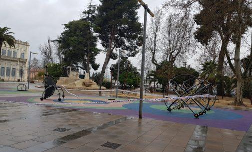 Villlena abre  el cementerio, varios parques y mantiene suspendido el mercadillo de los jueves