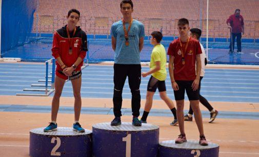 Domene se cuela en el Campeonato de España de 10K y Caballero, subcampeón Autonómico en 400 ml sub-18