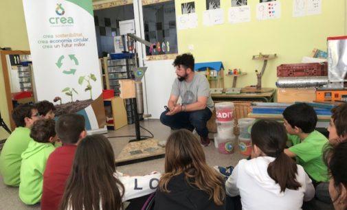 El Consorcio de Residuos Crea desarrolla en escuelas un taller de reciclaje en vivo a escala