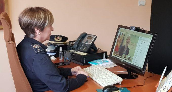 La Comisaria Jefa de la Policía Local de Villena participa en una reunión convocada por la Consellera de Justicia