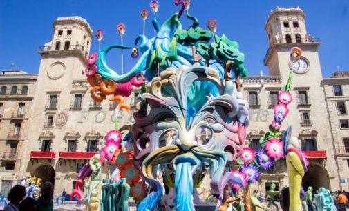 El Ayuntamiento de Alicante mantiene celebrar las Hogueras en septiembre