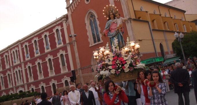 Fiesta Mª Auxiliadora Misa y Procesión 23-5-2010. Fotografías Antonio Hernández