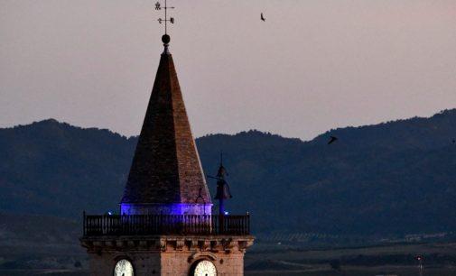 Villena se ilumina de azul por el Día Internacional de la Enfermería
