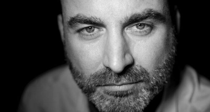 "Ernesto Pérez Zúñiga, Premio Nacional Cultura Viva 2019, presenta en la Kakv su antología ""El otro lado"""