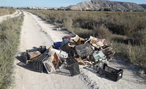 Villena sancionará hasta con 6.000 € el vertido de enseres a la vía pública sin autorización