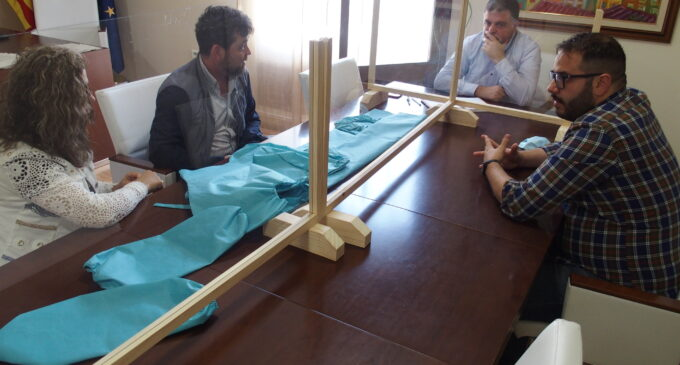 Diliana transforma su producción festera en textil sanitario