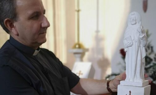 La iglesia Arcedianal de Santiago suspende el reconocimiento «Santiago del año»