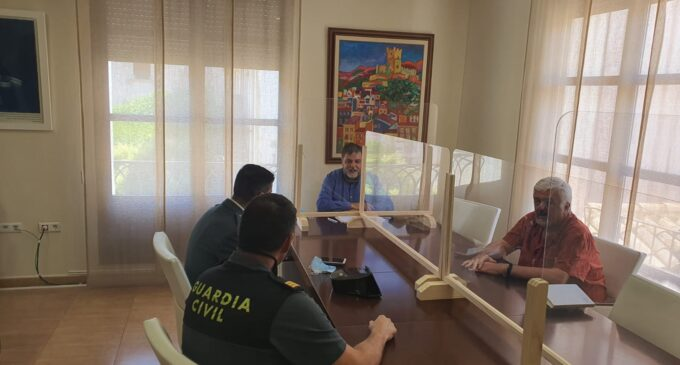 El Alcalde se reúne con el nuevo Teniente de la Guardia Civil en Villena