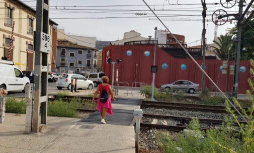 Inician las expropiaciones para  eliminar el paso a nivel de la calle Trinidad