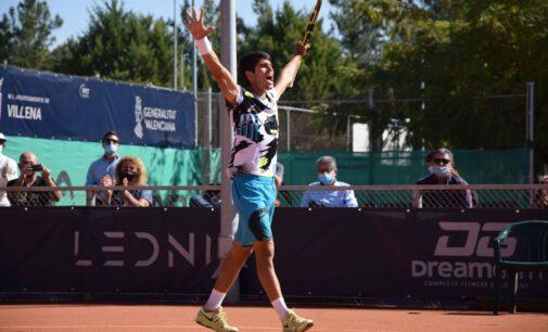 Carlos Alcaraz conquista su tercer Challenger ante Pedro Martínez