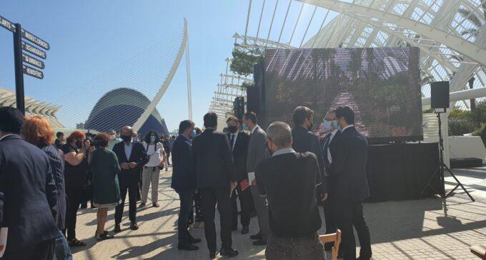 Villena participa en el homenaje a las víctimas del Covid por el 9 de octubre