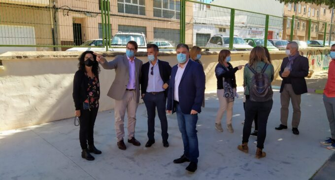 El director general de Infraestructuras Educativas visita el CEIP Príncipe Don Juan Manuel para conocer su estado