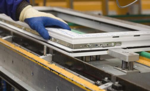 Se buscan 6 peones para fábrica de ventanas de PVC