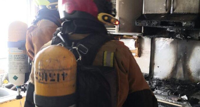 Una mujer resulta herida con quemaduras  tras incendiarse su vivienda en Villena