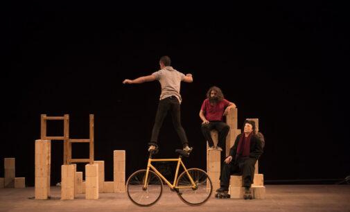 """""""Mur"""", el circo que derriba barreras en el Teatro Chapí"""