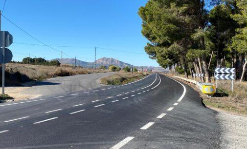 Conselleria finaliza la mejora del pavimento de la carretera Villena-Caudete