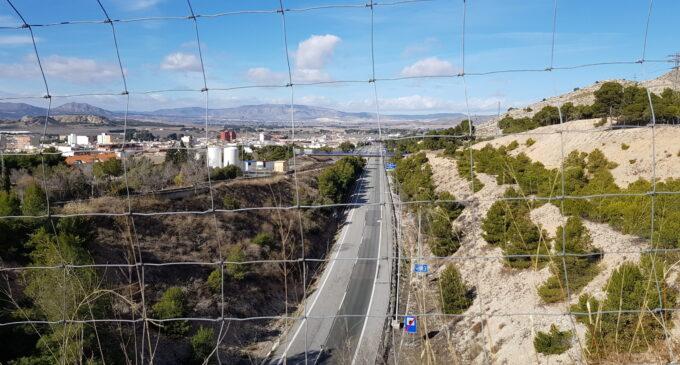 Plantean el cierre de todas las autonomías para el puente de San José