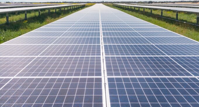 Solarcentury anuncia la construcción de una planta solar de 115 millones entre Villena, Biar y Cañada