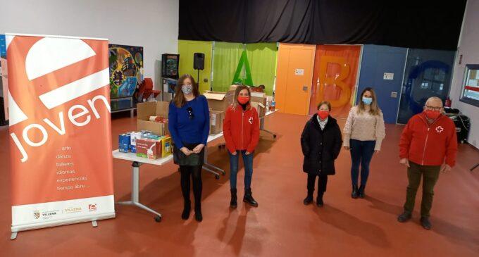 El Consejo de Infancia y Juventud entrega más de 400 kilos de alimentos a Cruz Roja Villena