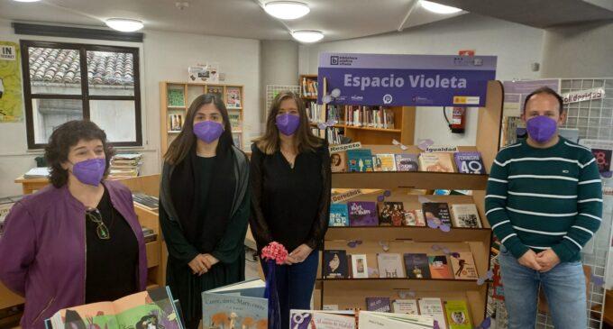 Las bibliotecas de Villena inauguran sus 'espacios violetas'