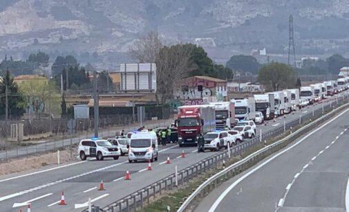 El Gobierno implantará peajes en las autovías en 2024