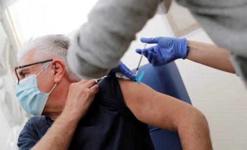 Sanidad vacuna esta semana a casi 5.000 personas con la nueva vacuna de Janssen