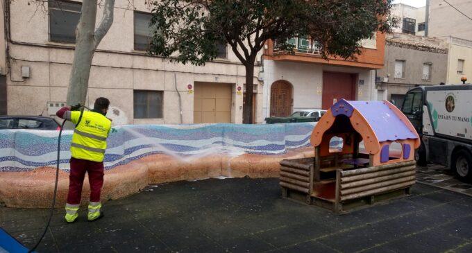 Villena abre las zonas de juegos en los parques